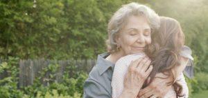 К чему снится покойная мама, значение сна с фото