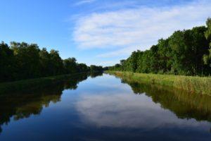 К чему снится река, значение сна с фото