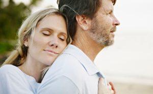 К чему снится умерший муж, значение сна с фото