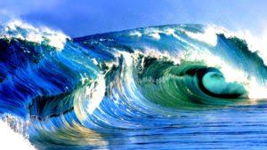 К чему снятся волны, значение сна с фото