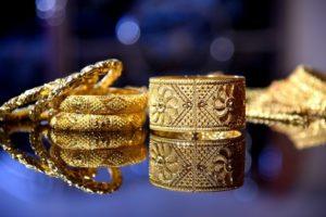 К чему снятся золотые украшения, значение сна с фото
