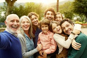 К чему снятся родственники, значение сна с фото