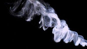 К чему снится дым, значение сна с фото