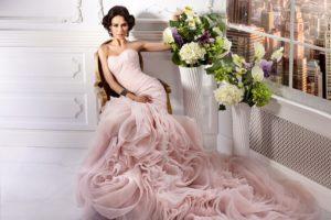 К чему снится новое платье, значение сна с фото