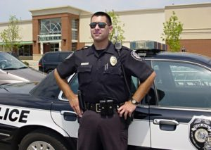 К чему снится полиция, значение сна с фото