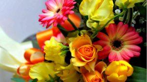 К чему снятся живые цветы, значение сна с фото