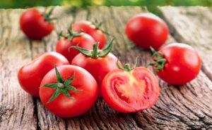 К чему снятся красные помидоры, значение сна с фото